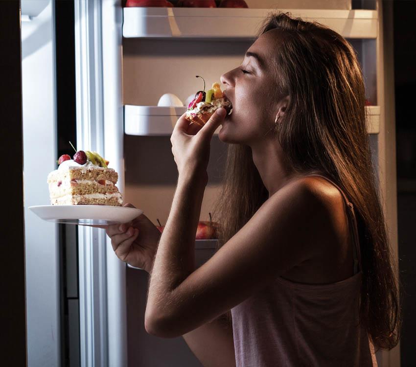 """""""Jedzenie rządzi moim życiem"""" – zaburzenia odżywiania"""