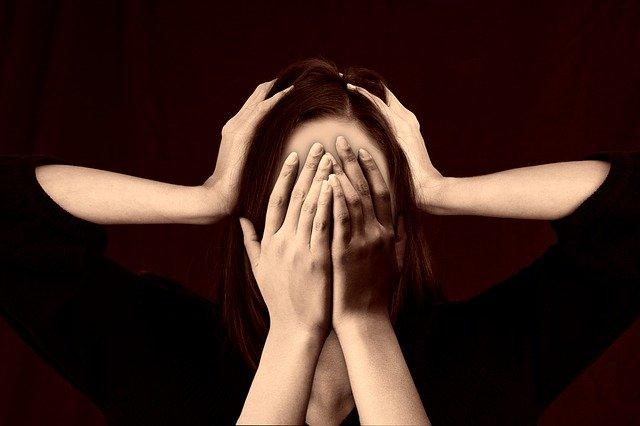 Psycholog wyjaśnia – Co tojest lęk paniczny?