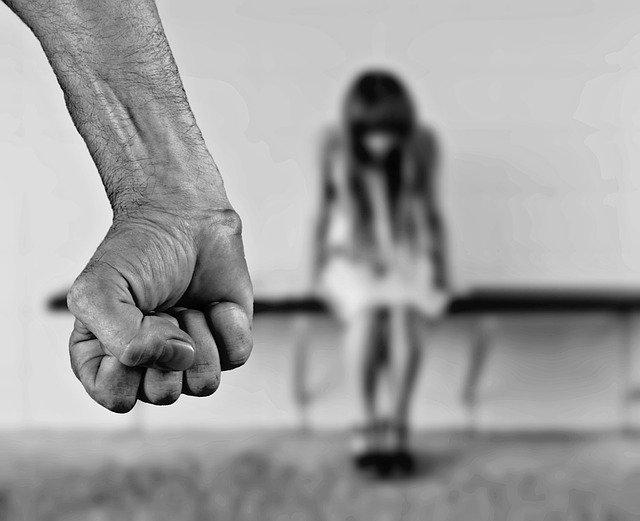 Terapia dla ofiar przemocy domowej